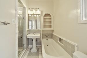 Naturalne środki do czyszczenia mebli i mieszkania